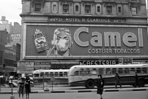 Camel cigarette advertisement, Times Square, New York