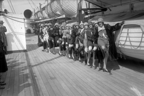 Chorus girls arriving in New York City, from England, in 1926